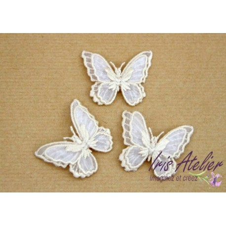 1 Applique papillon en organza brodé ailes doubles ivoire, bijoux mariage, déco, scrap, DIY...