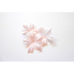 3 fleurs en pongé de soie rose pâle pour bijoux mariage, scrapbooking, carterie, couture