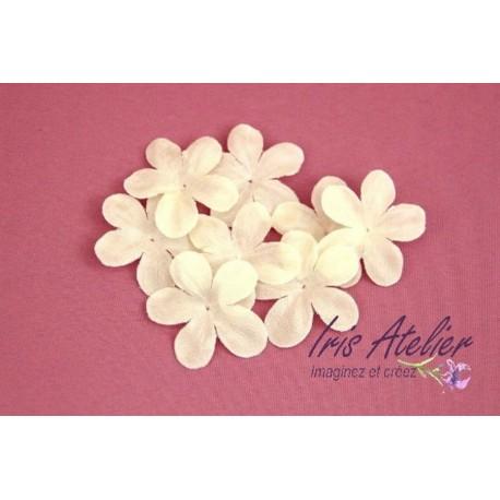 Lot de 3 fleurs en pongé de soie ivoire pour bijoux mariage, scrapbooking, carterie, couture