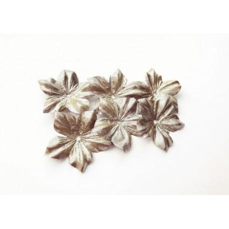 3 fleurs en satin lamé or pour bijoux mariage, scrapbooking, carterie, couture